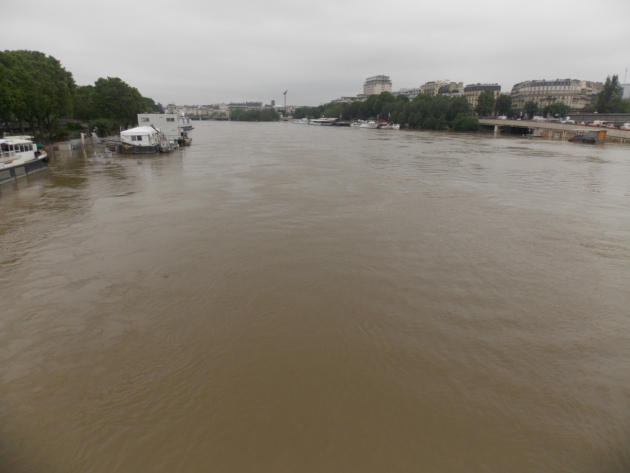crue seine paris 3