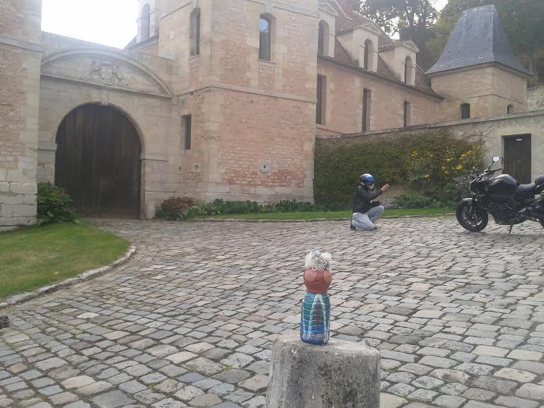 chateau-medan-motard