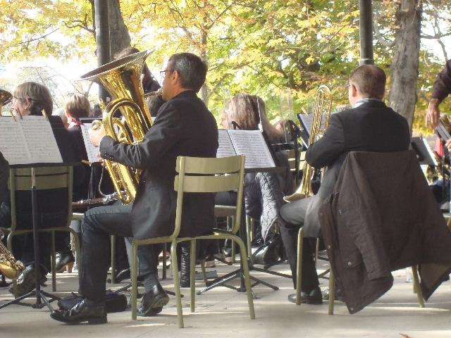 orchestre-au-kiosque-du-luxembourg