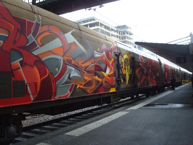 train-le-rungis-graffe-7