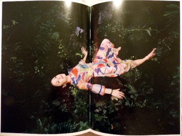 araki-femme-couleurs