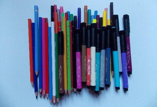 crayons et feutres-min