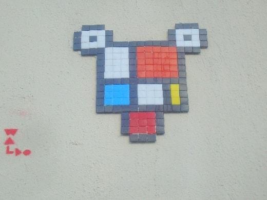 space invader-min