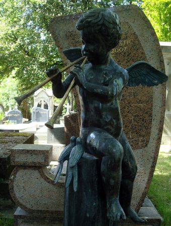 ange aux flutes cimetiere montmartre