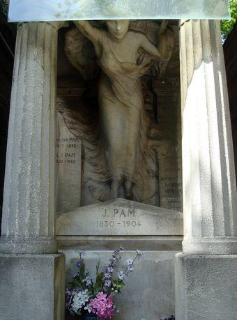 statue cimetiere montmartre