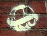 sur le mur du cimetiere montmartre 2,