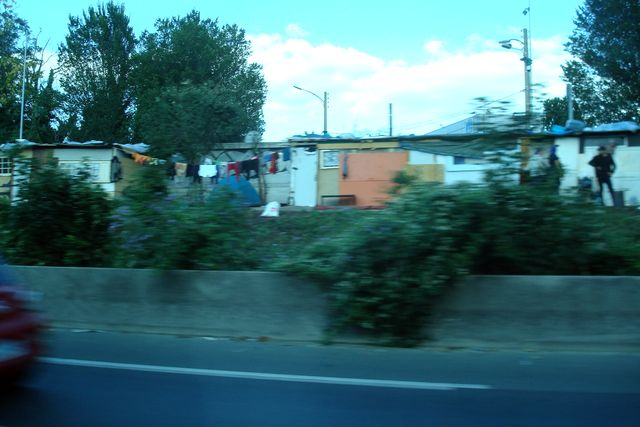 bidonville autoroute nord paris 6
