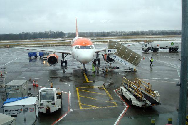 edinburgh airport 2