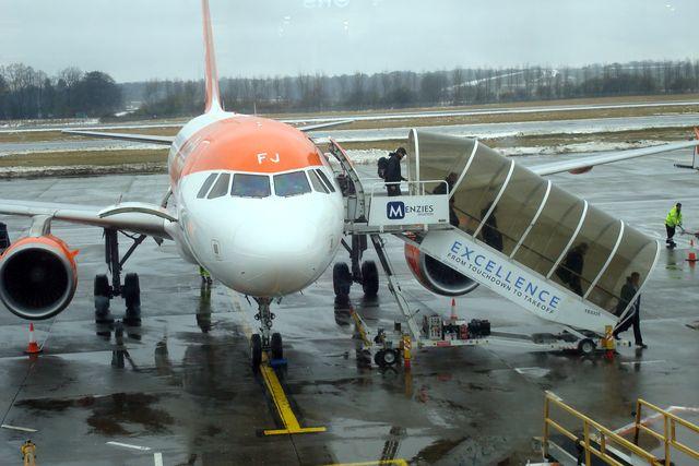 edinburgh airport 3
