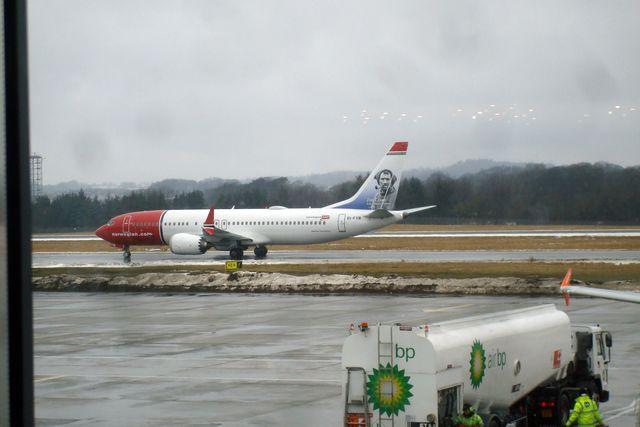 edinburgh airport 6