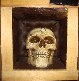 crâne-heure-min