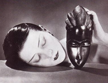 man-ray-masque-ebene