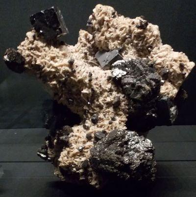 Galène et sphalérite sur dolomite