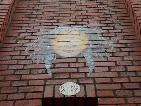 street art 10-min