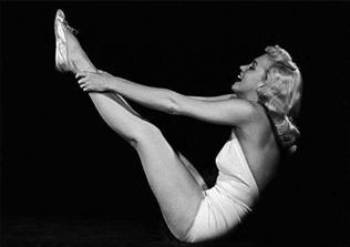 marilyn-monroe-yoga