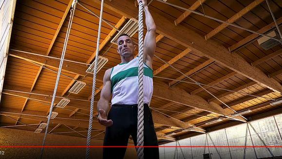 Screenshot_2019-11-29 Entrainement de grimper à la corde The Legion Rope climb training - YouTube-min