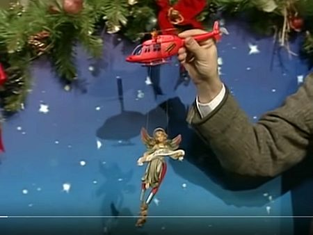 Screenshot_2019-12-22 Merry Christmas Mr Bean Full Episode Mr Bean Official - YouTube