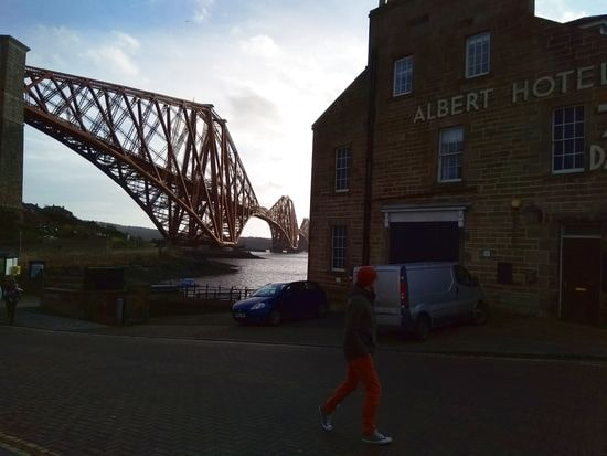 queensferry 8-min