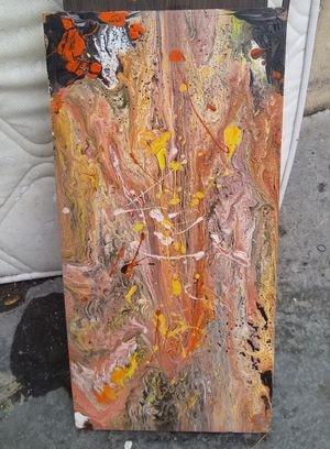 J'avais trouvé ce bout de bois peint jeté dans la rue, je l'ai récupéré, repeint
